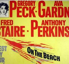 Stanley Kramer On the Beach Review