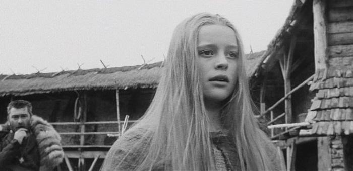 Marketa Lazarova (1967) CRITERION DVD REVIEW! - YouTube